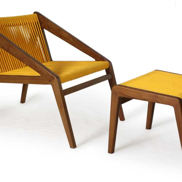 Abel Lounge chair with footstool